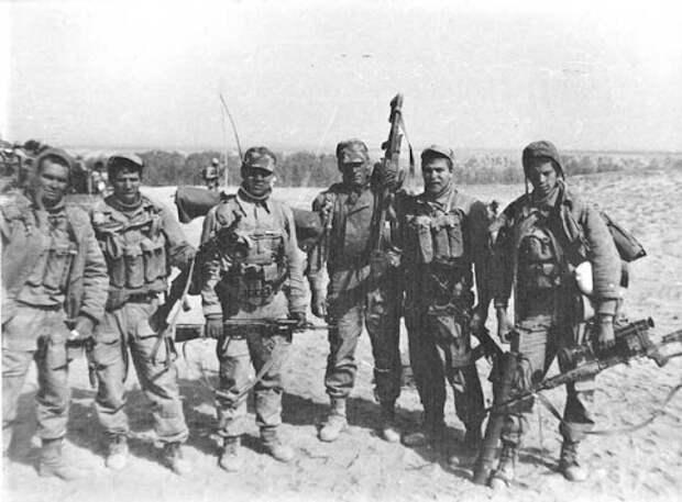 Зачем спецназовцы ГРУ носят с собой шёлковый платок