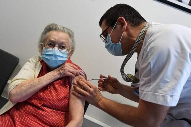 Вакцинация во Франции популярностью явно не пользуется