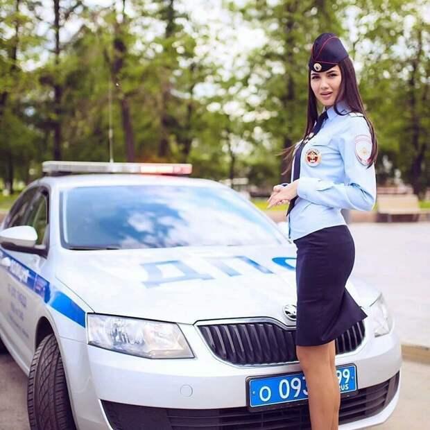 Им невероятно идет эта форма и эти автомобили - факт гибдд, девушки, дпс, красота, нарушители, офицеры, пдд, форма
