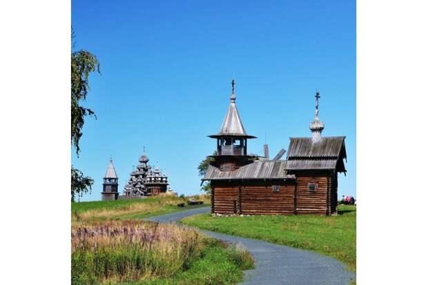 12 шедевров русского деревянного зодчества