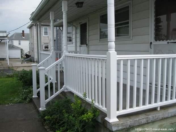 White-Porch-Railings-Design-Ideas-936x702 (700x525, 177Kb)