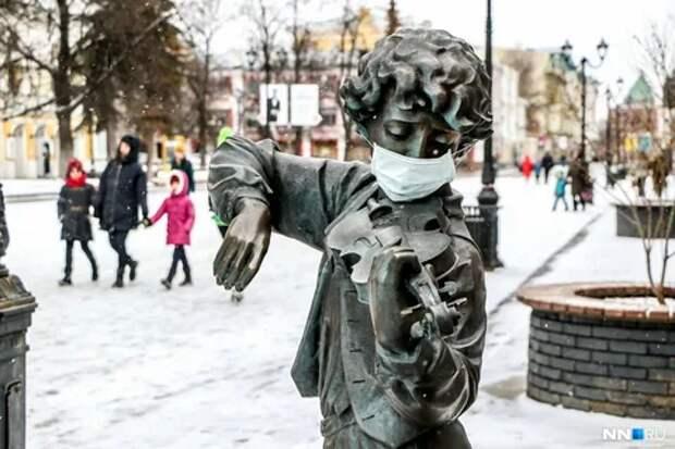 Геннадий Онищенко призвал отменить обязательное ношение масок