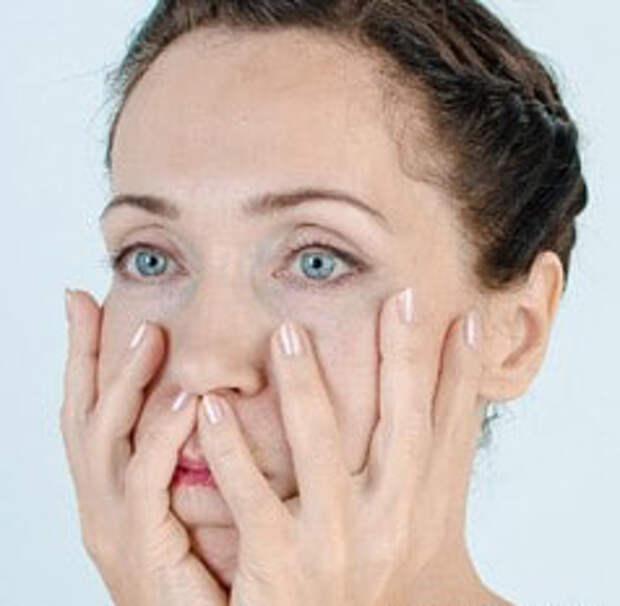 Эффективный комплекс упражнений для щек поможет сохранить упругость кожи