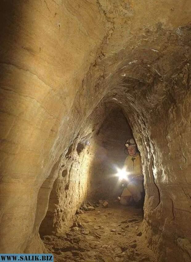 Немецкий археолог обнаружил тоннели эпохи неолита, связывающие Шотландию и Турцию