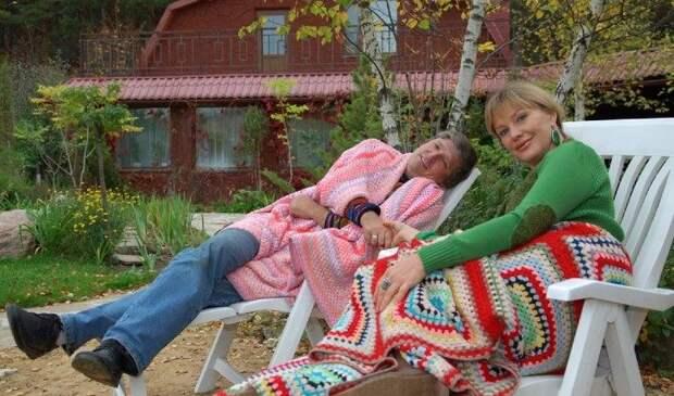 Пять российских звезд, которые содержат своих мужей