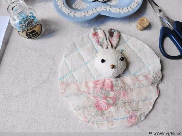 Лоскутное шитье. Кошелек с кроликом (6) (700x524, 299Kb)