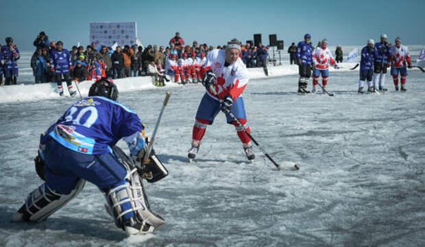 Им морозы нипочем! Ялтинские водоемы осваивают хоккеисты