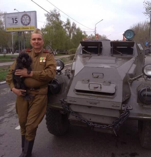 Мужчина из Новоалтайска ездит на работу на БТРе 1949 года бронетранспортер, восстановил, самоделкин