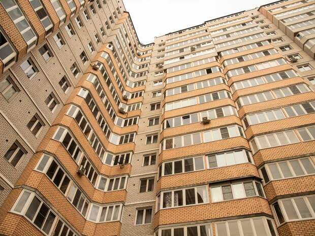 Нехватка рабочей силы стала причиной роста цен на жилье в России
