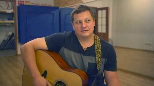 Бас-гитарист «Любэ» умер в больнице после драки