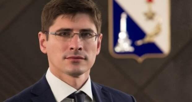 Губернатор Севастополя сожалеет, что Саносян уходит