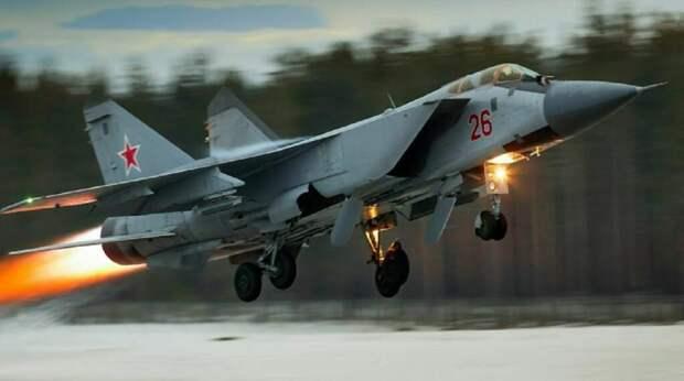 МиГ-31 перехватил самолёт ВВС Норвегии над Баренцевым морем