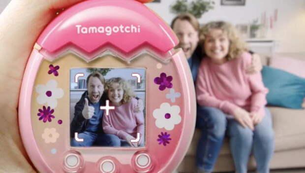 Тамагочи эпохи 90-х вернулся – на этот раз с камерой