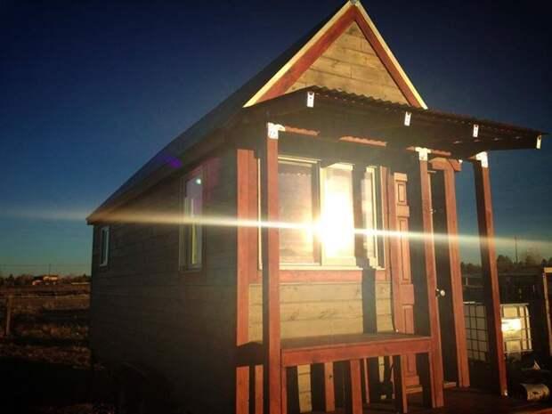 Еще один маленький деревянный домик в Колорадо.