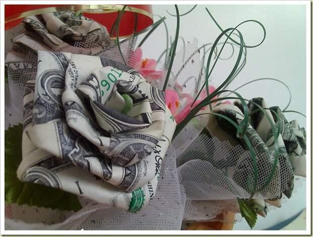 Оригами из денег - букет роз