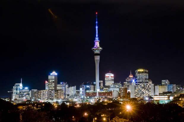 Sky Tower - телебашня в Окленде