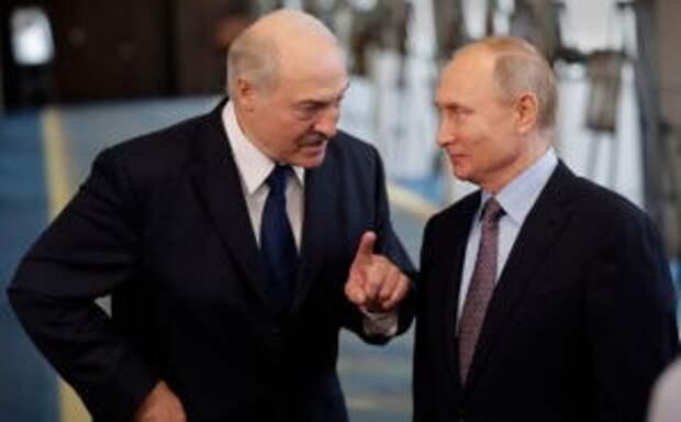 Лукашенко сообщил, что встретится с Путиным в Москве