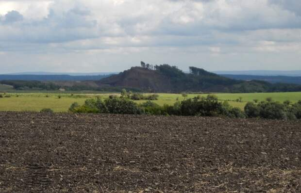 В Германии проснулся вулкан через 13 000 лет после последнего извержения