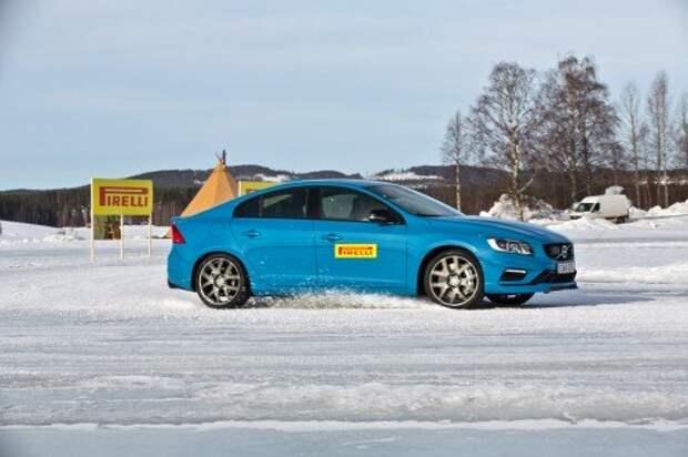 Шины Pirelli Ice Zero FR: ставка на озеро