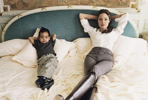 Факты о том, как самая известная пара Голливуда воспитывает своих детей