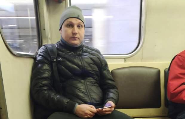 """Знакомый """"коренной москвич"""" в метро"""