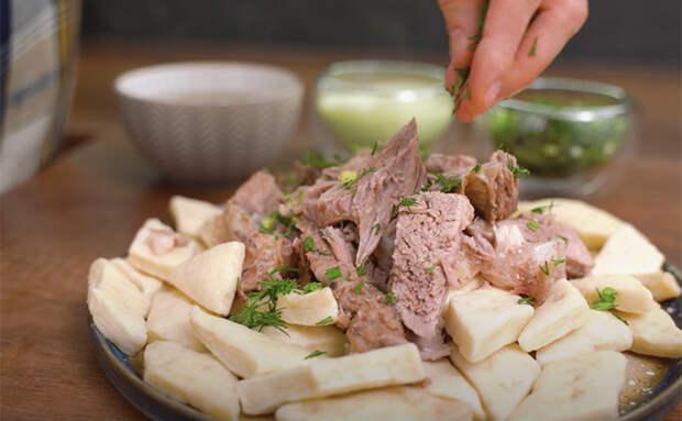 Берем муку, кефир, бюджетное мясо и делаем обед на 3 дня вперед