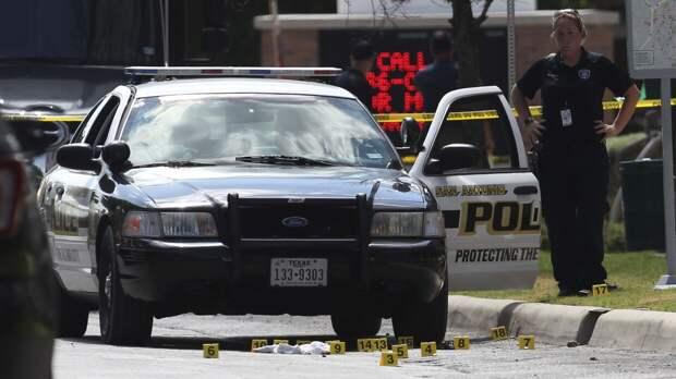 Три человека погибли при стрельбе на улице в Техасе