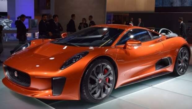 Jaguar Land Rover показал автомобили из нового фильма о Джеймсе Бонде