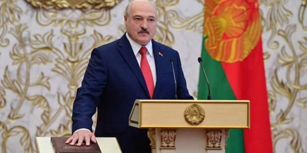 Лукашенко отправляет Конституцию под нож: Белоруссию ждут русские законы?