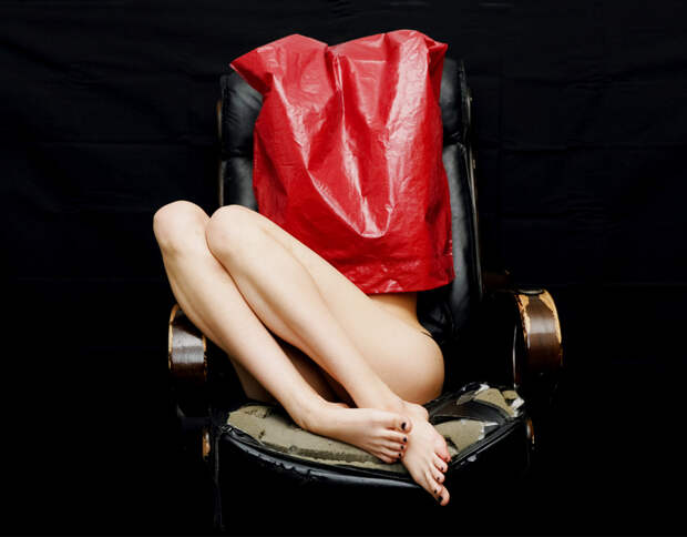 #яНеБоюсьСказати: флешмоб, в котором сотни девушек признались в том, что их насиловали