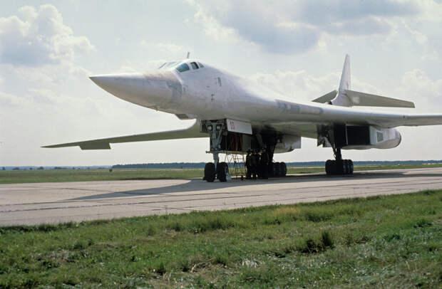 """Эксперт: """"Белый лебедь"""" станет главным фактором ядерного сдерживания"""