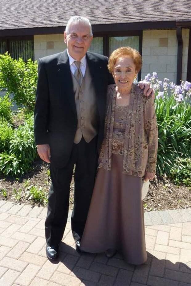 22. Эта пара отпраздновала 65-летие своей свадьбы вера, любовь, пара