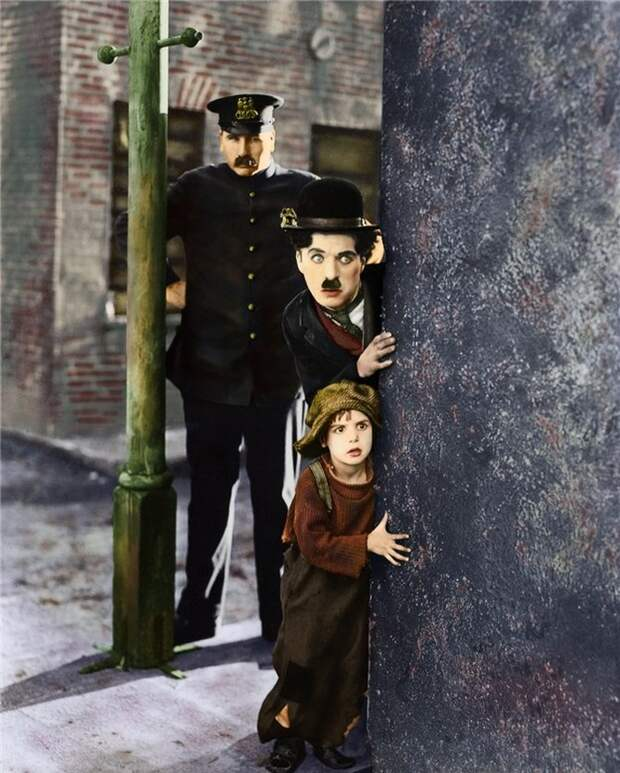 14 редких раскрашенных фотографий Чарли Чаплина, сделанных в 1910-1930-х годах