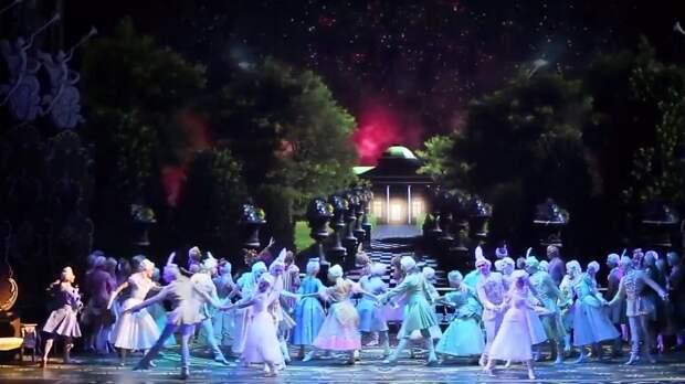 Умер глава осветительской службы Михайловского театра Александр Кибиткин