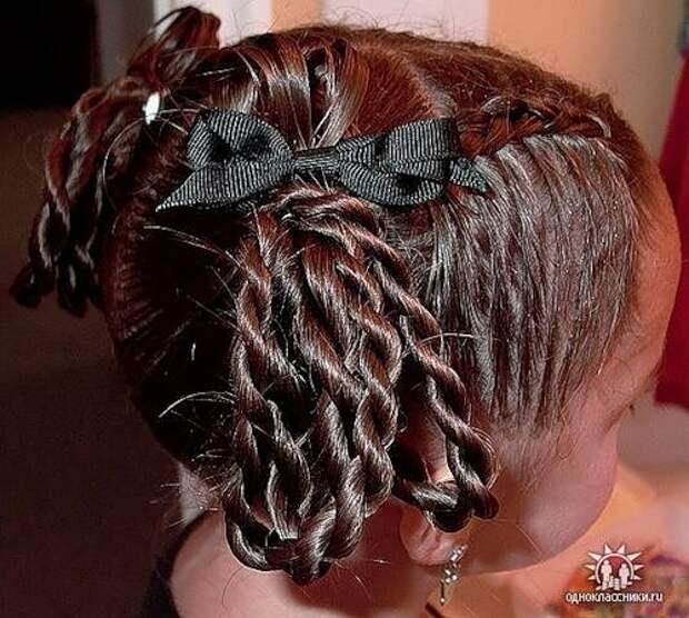 """""""Королевские"""" причёски для девочек"""