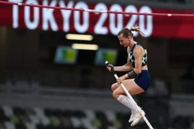Сидорова стала серебряным призёром Олимпиады в прыжках с шестом