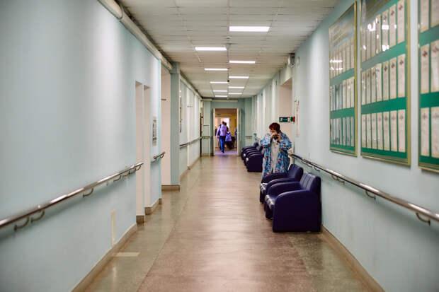 Еще ряд больниц Тверской области начинают работать в штатном режиме