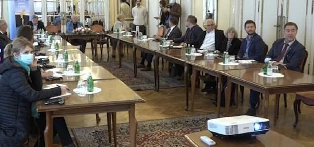 В Белграде прозападная элита презентовала книгу жены лидера косовских сепаратистов