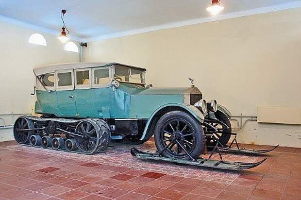 Автомобили для первых лиц: у истоков проекта «Кортеж»