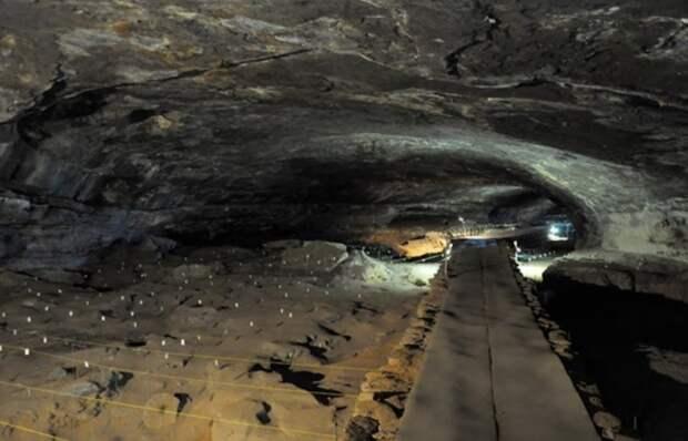 В африканской пещере исследователи нашли древнейшее жилище человека