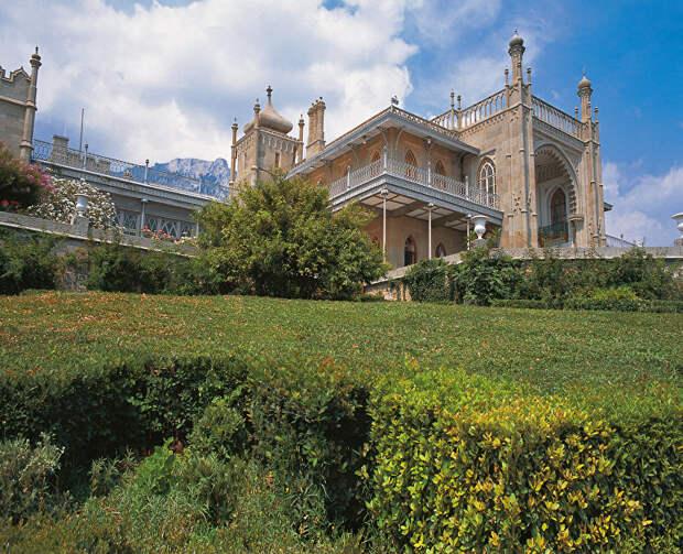 Пушкинская эпоха, или Что посмотреть на уникальной выставке во дворце в Алупке