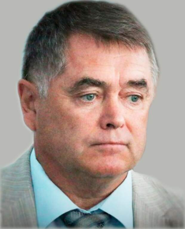 Департамент образования Севастополя «прикрывает» директора школы №15? (фото, документы)