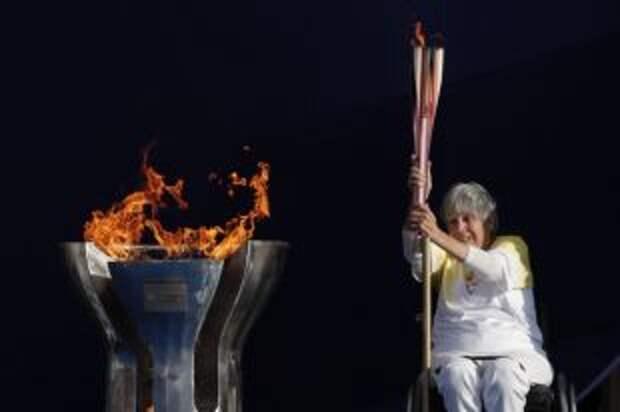 В Токио прибыл огонь Паралимпиады