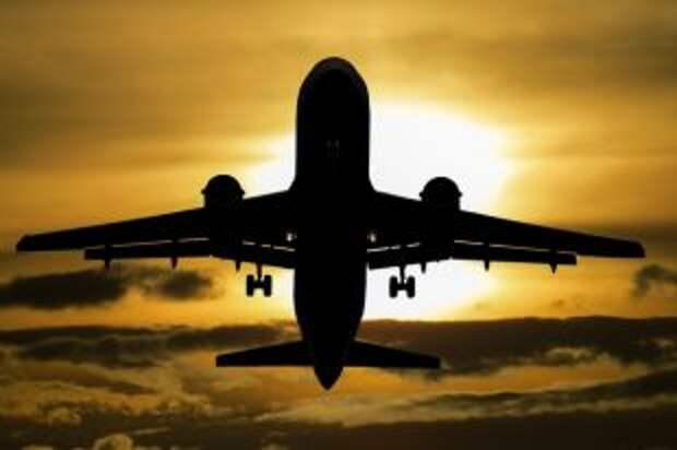 Самолет с российскими олимпийцами вылетел из Токио в Москву