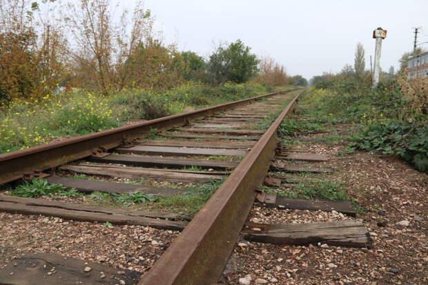Украина хочет запустить поезда к крымской границе