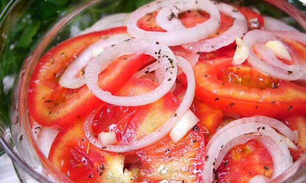 Закуска из помидоров и лука: вкуснота с секретным маринадом