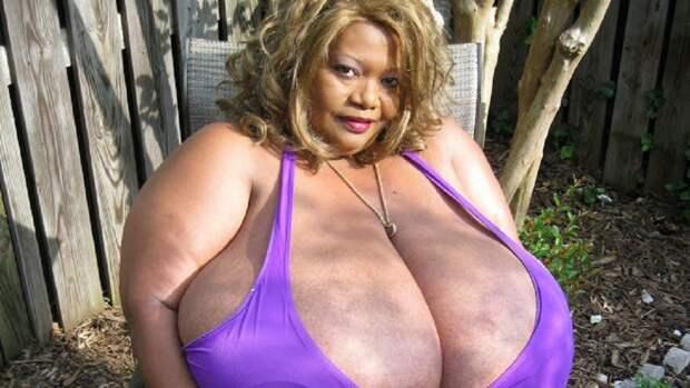 Самая большая естественная грудь в мире 2015, люди, рекорд гиннеcса