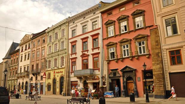 Площадь во Львове. Архивное фото