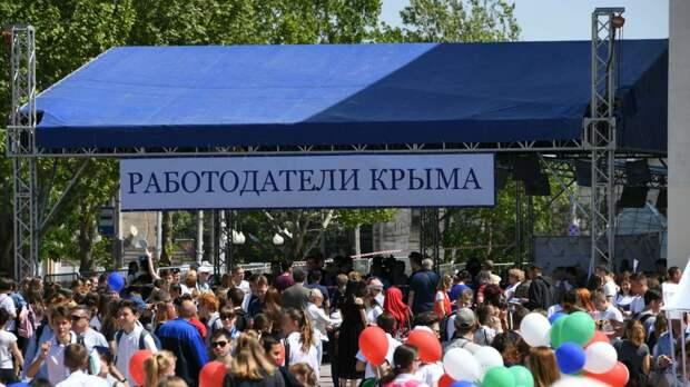 Половина безработных в России - люди без образования
