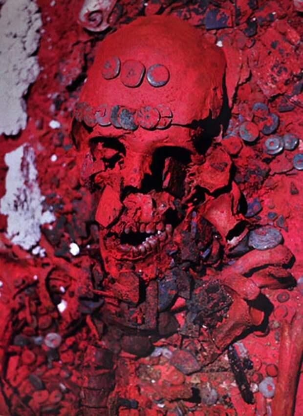 Раскрыты тайны гробницы Красной Королевы Паленке